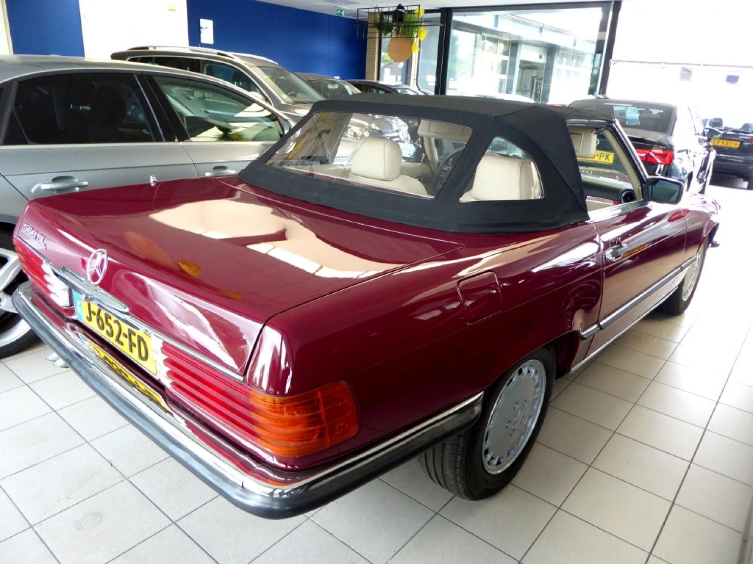 Mercedes-Benz-SL-Klasse-13